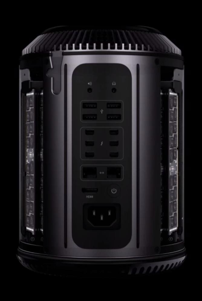 Der bereits bei der WWDC vorgestellte Mac Pro in all seiner schwarzen Pracht.